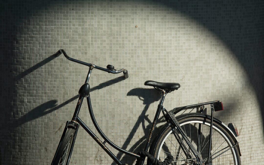 Ada Kayuh Sepeda di Koridor Sana (AlphaHub Writing Competition 1st winner)